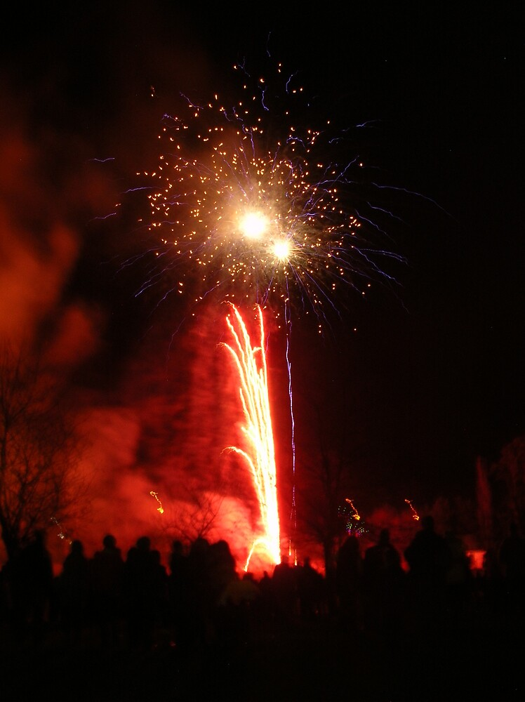 Peebles Fireworks in Victoria Park by photobymdavey
