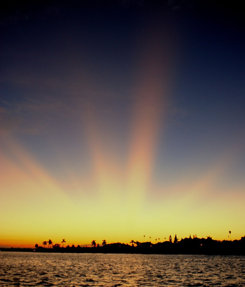 Dawns early light by Aavirett