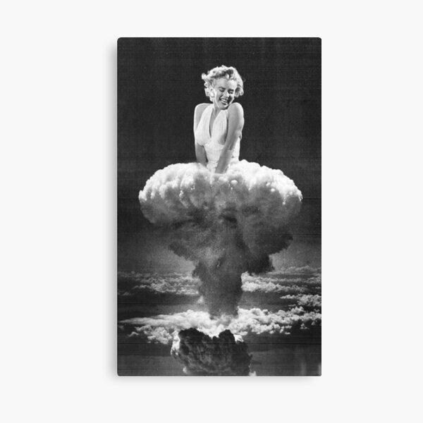 Bombshell - Marilyn Monroe Canvas Print