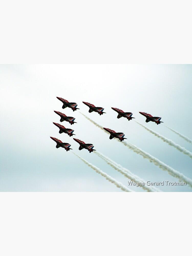 RAF Aerobatic Team by redmoondragon
