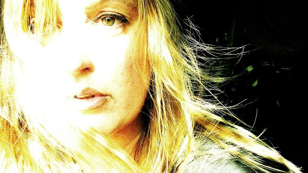 the light by vicintaz