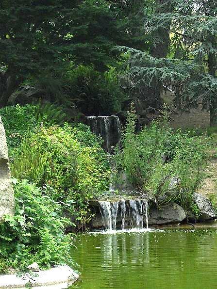 Waterfall by missminx