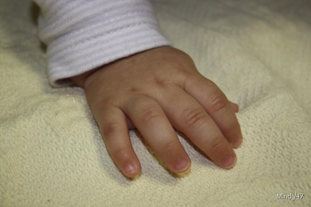 Sweet Little fingers by Mindy47