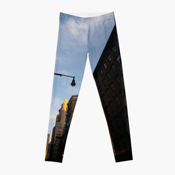 #sky, #architecture, #business, #city, #outdoors, #technology, #modern, #vertical, #colorimage, #NewYorkCity, #USA, #americanculture Leggings