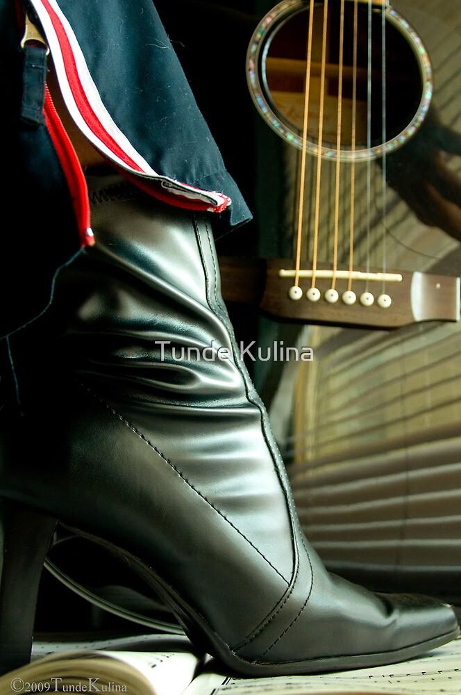 Gitar by Tunde Kulina