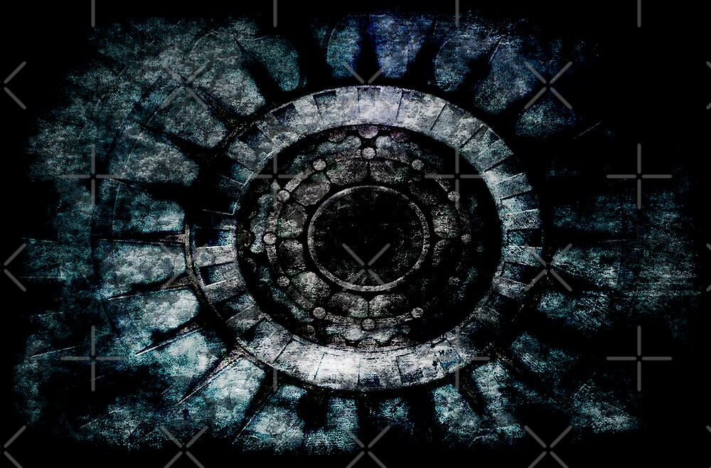 Thin Concentric Circle by Orlando Rosado