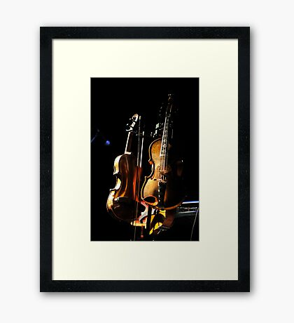 don't fear the fiddle Framed Print