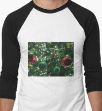 Christmas Baubles Baseball ¾ Sleeve T-Shirt