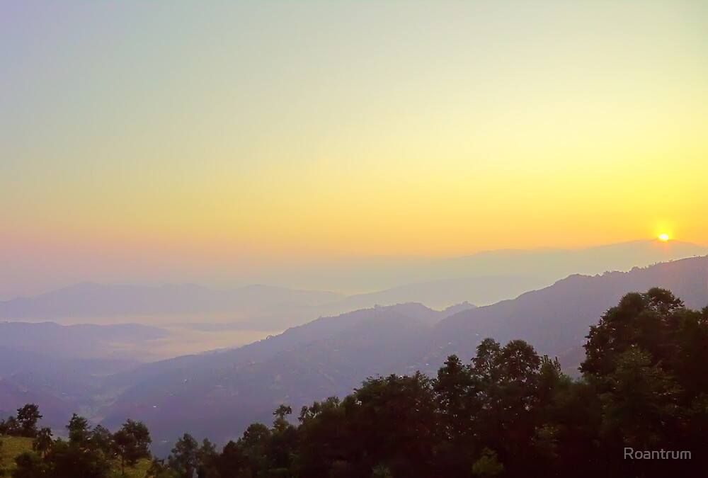 Dawn at Dhulikhel by Roantrum