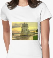 Torre de Belém.... Women's Fitted T-Shirt