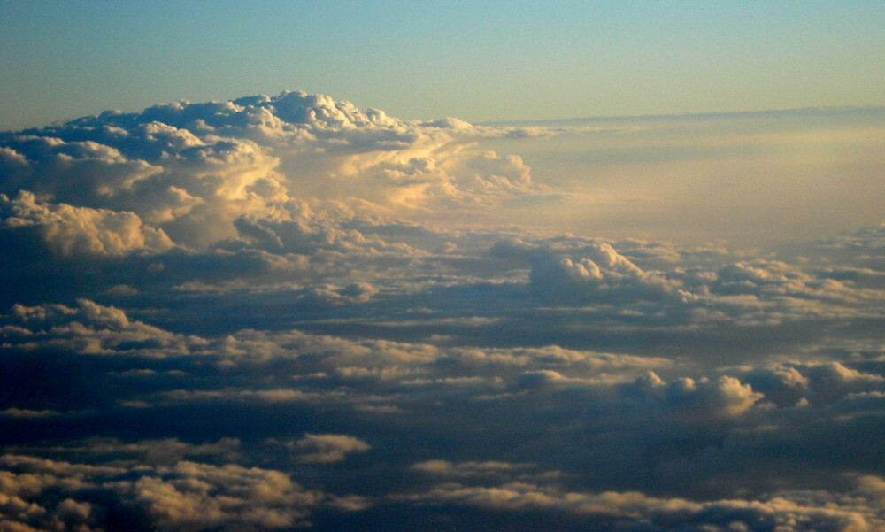 Singapore Clouds by gij88
