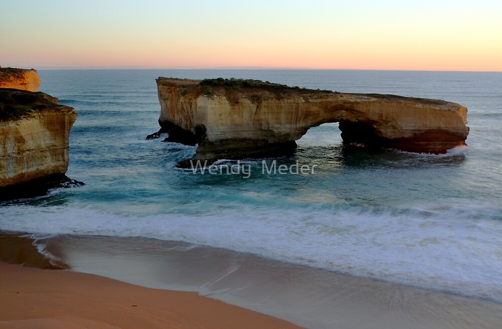 London Bridge, Great Ocean Road by Wendy  Meder
