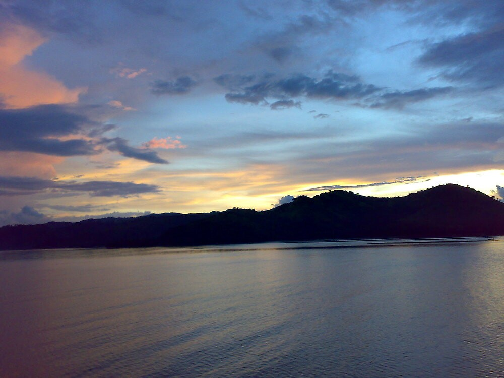 sunset in lombok, Indonesia by kusumaatmaja
