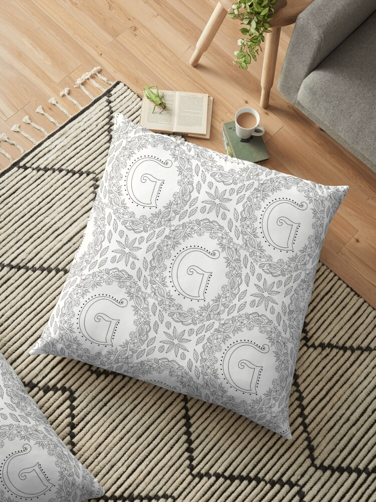 Letter G Black And White Wreath Monogram Initial by theartofvikki