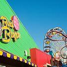 Santa Monica Wheel and pizza by jsebouvi