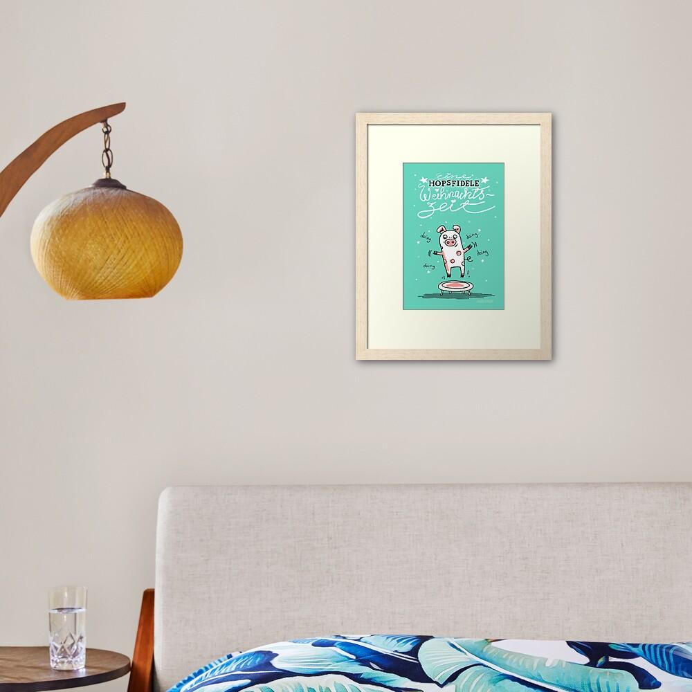Trampolinschweinchen - Eine HOPSFIDELE Weihnachtszeit Gerahmter Kunstdruck