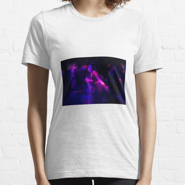 Dancing at 4am Essential T-Shirt
