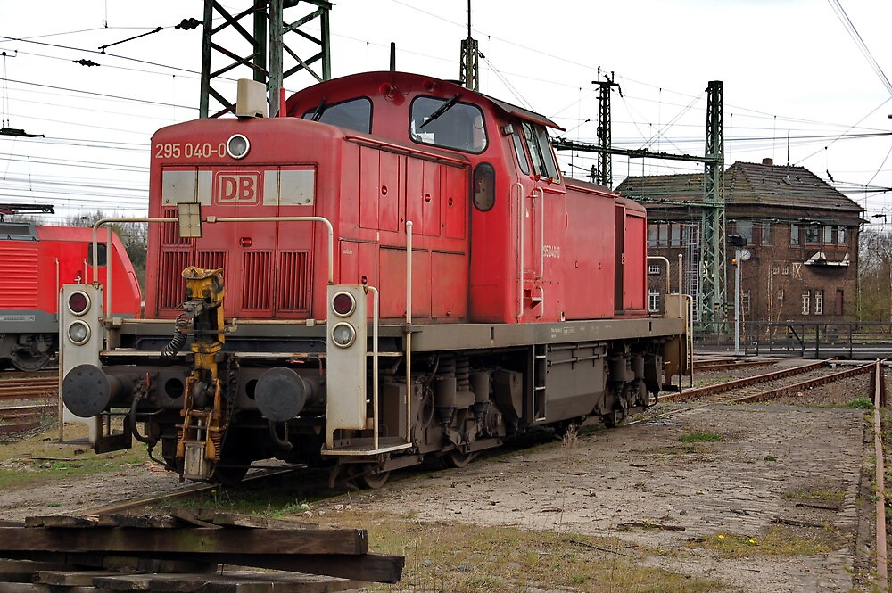 The railroad engine of the class 295 of German railways-2 by trainmaniac