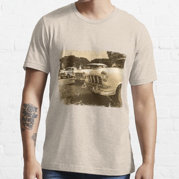 Classic FC Holden Cars Essential T-Shirt