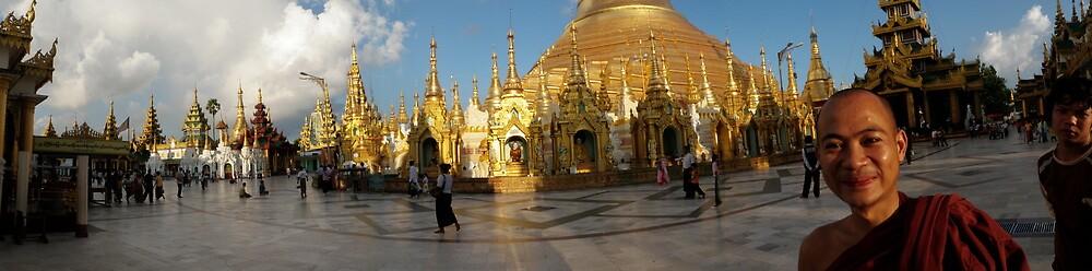 Shwedagon Pagoda, Yangon (Panorama) by liqwidrok