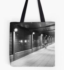 decky walks the line Tote Bag