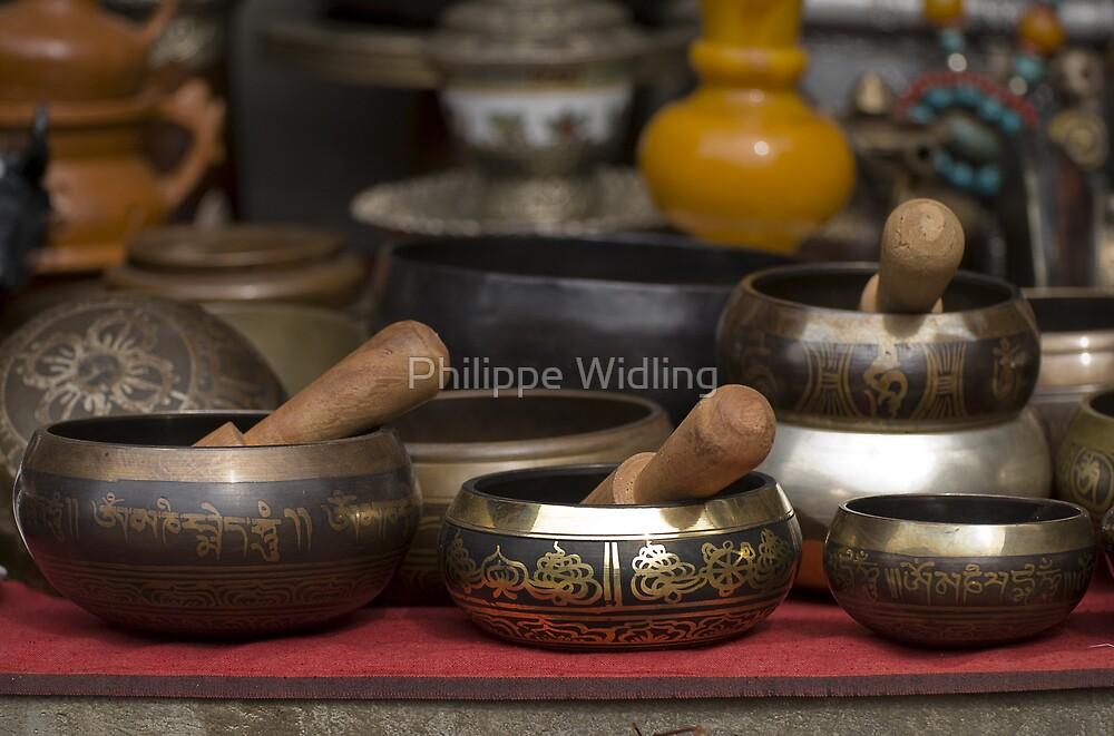 Nepalese singing bowls. by Philippe Widling