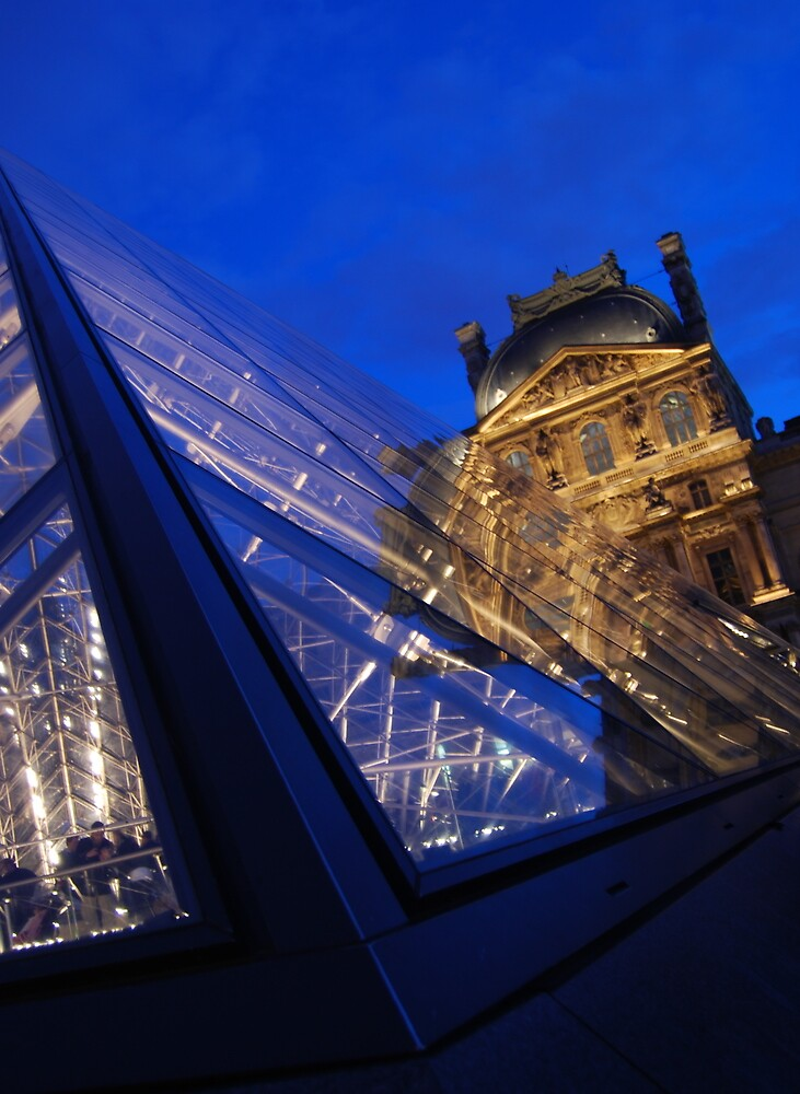 'Sundown at the Louvre' by DaveButt