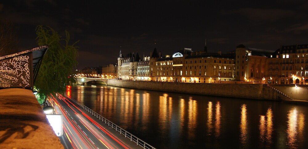 'Paris Lights' by DaveButt