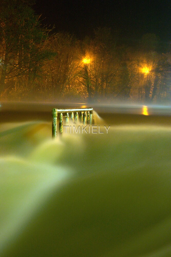 THE PARK AT NITE  by TIMKIELY