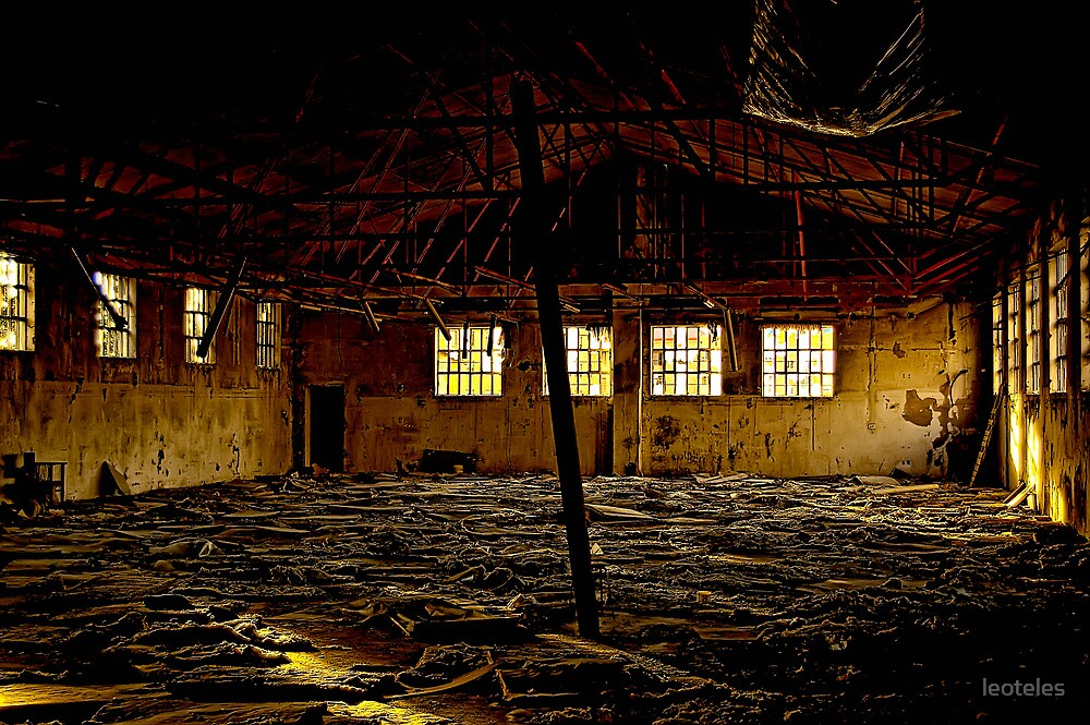 Abandones warehouse by leoteles