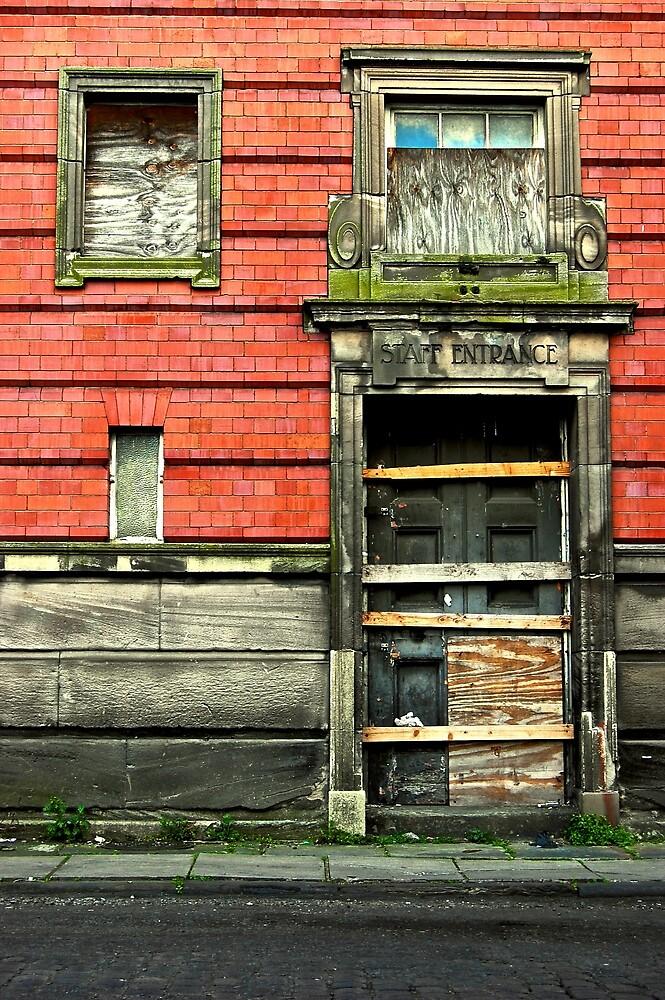 deserted - chester doorway by laurencrainer