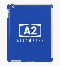 MOTORWAY A2 SYMBOL IN CRACKED DESIGN iPad Case/Skin