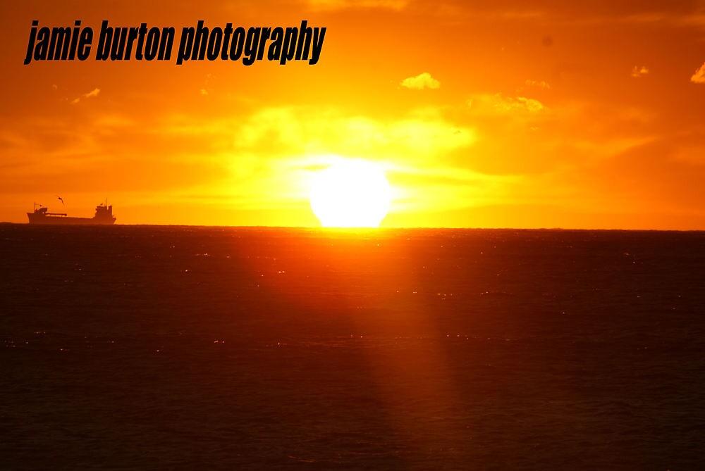 sunrise by jamiie