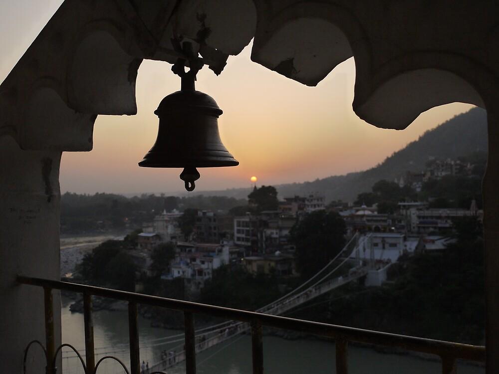 Dusk in Rishikesh by josafeen