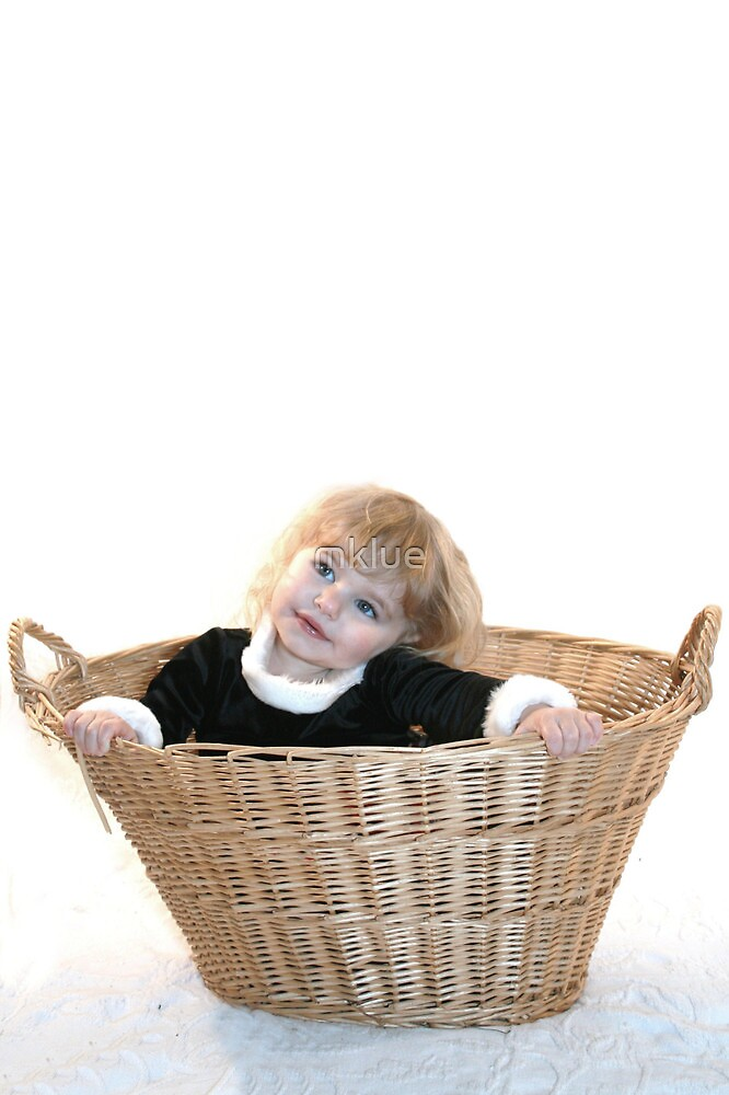 Baby in a Basket by mklue