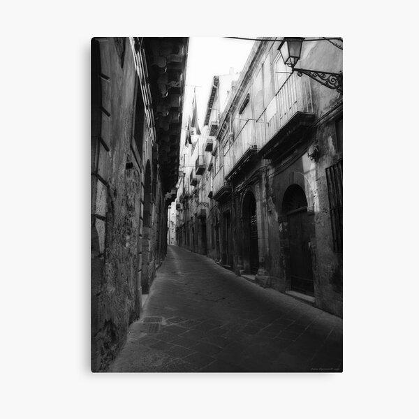 Passeggiando per Ortigia Canvas Print