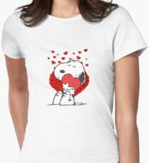 Snoopy love heart peanuts Women's Fitted T-Shirt