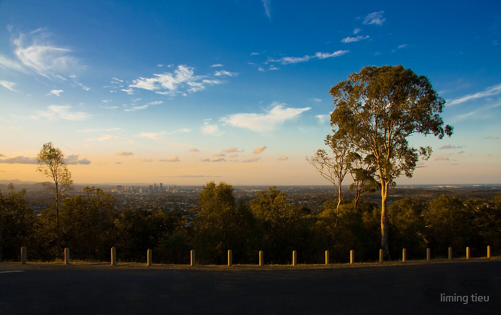 Sunset over Mt Gravatt by liming tieu