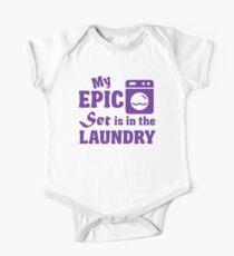 Body de manga corta para bebé Mi conjunto épico está en la lavandería