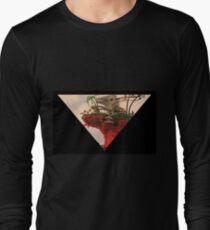 Plastic Beach - Gorillaz Long Sleeve T-Shirt