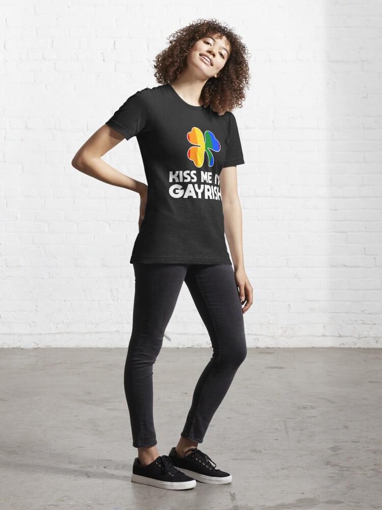 Alternative Ansicht von Kiss Me I'm Gayrish LGBT Shamrock - LGBT Pride Month Gift Essential T-Shirt
