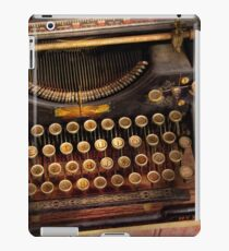 Steampunk - Just an ordinary typewriter  iPad Case/Skin