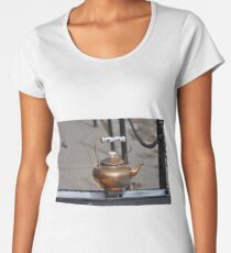 This little tea pot Women's Premium T-Shirt