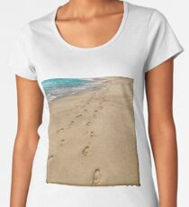 Footsteps in the sand Women's Premium T-Shirt