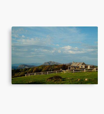 Craigs Hut, Mt Stirling Canvas Print