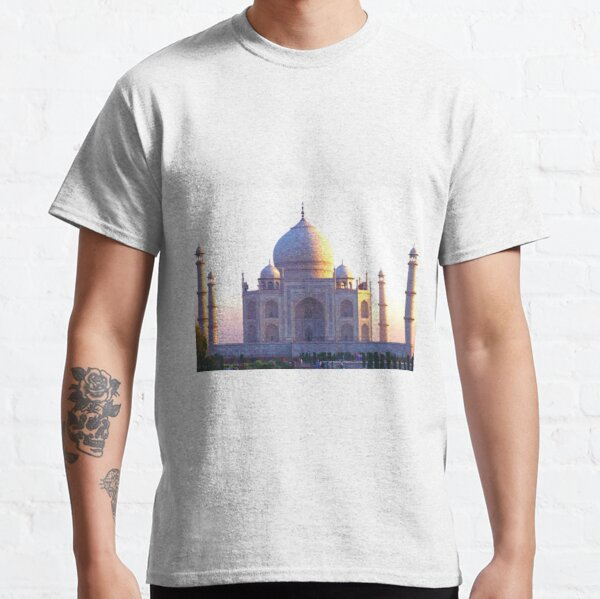 The Taj Mahal at sunrise Classic T-Shirt