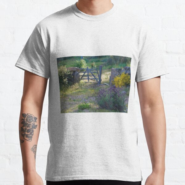 HC0081 Classic T-Shirt