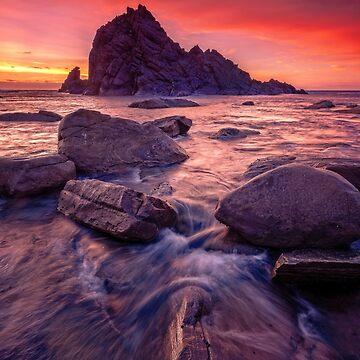 Sugarloaf Rock Sunset by paulmp