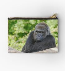 Gorilla atitude and Expression of a human by Olao-Olavia par Okaio créations  c2 Zipper Pouch