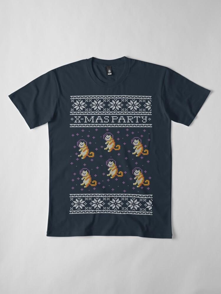 Vista alternativa de Camiseta premium Celebrating Christmas with space cats